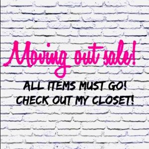 ✨Moving out sale!💫